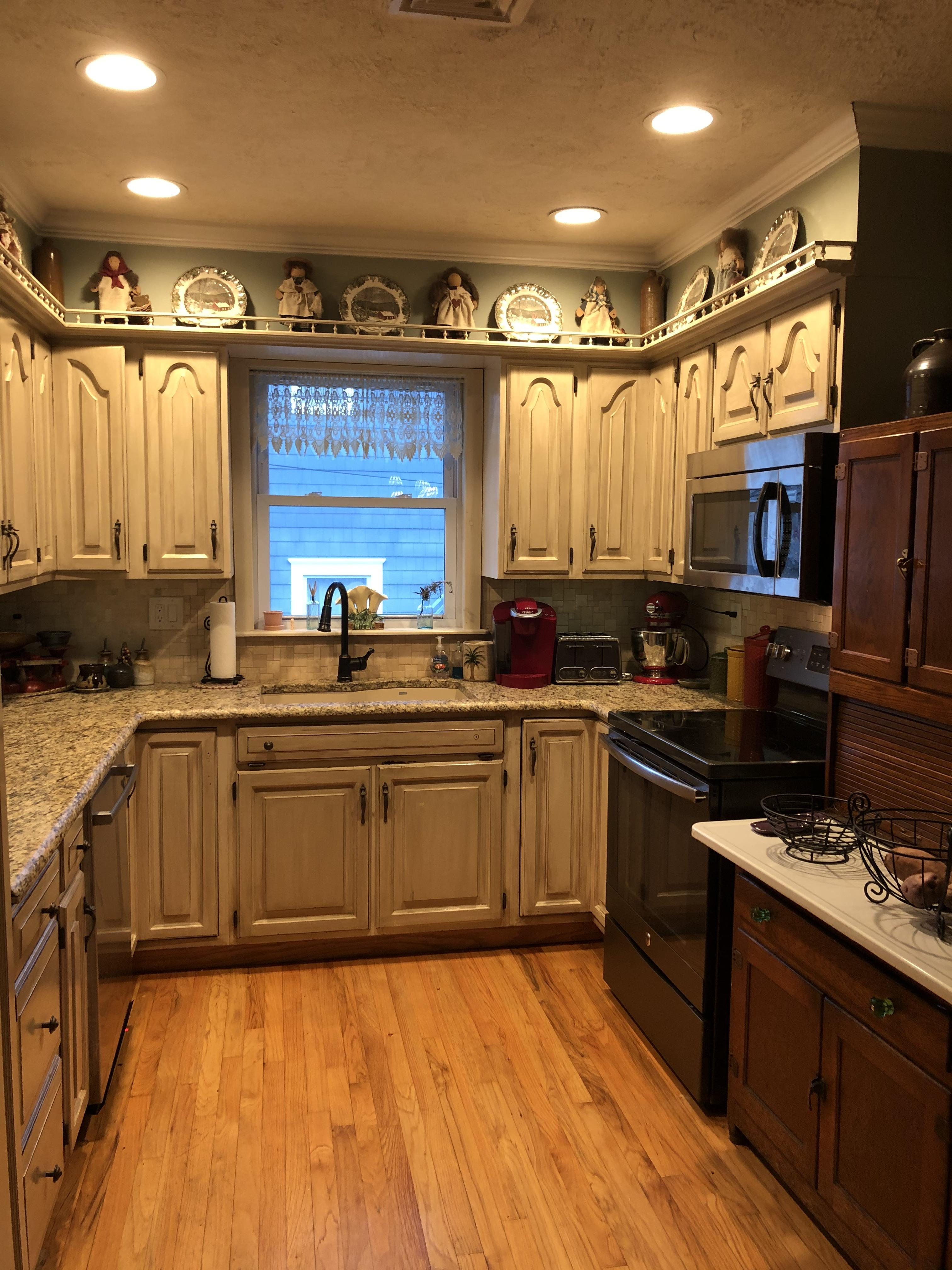 Kitchen with leathered granite counters