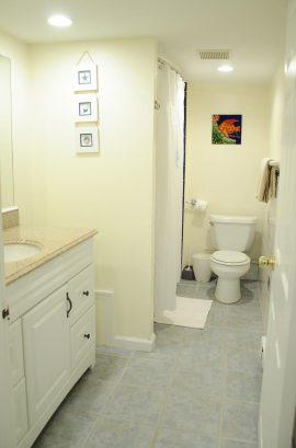 Suite B - Spacious 675 sq. ft., 2 Bedroom, sleeps 8