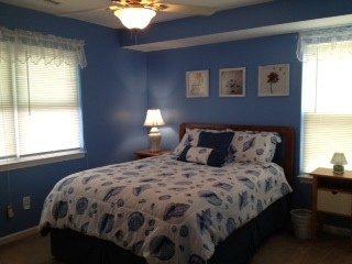 Master Bedroom (#1) has queen