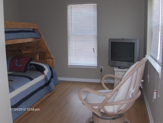 Extra room with TV. Great for kids!