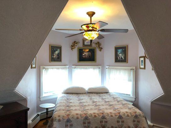 Romance, Master Suite with 4 piece en suite and ocean views