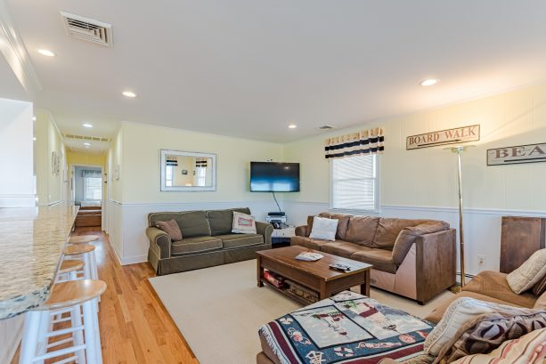 up unit-family room