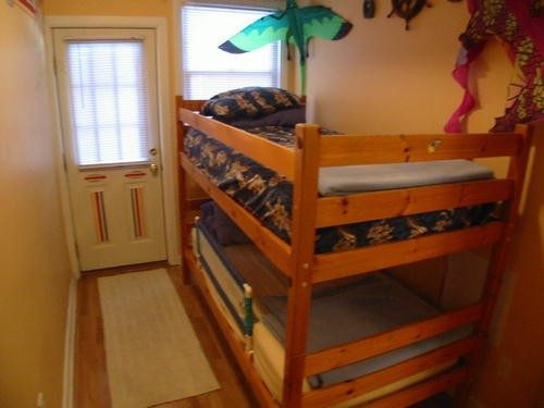 Twin Bunk Bedroom