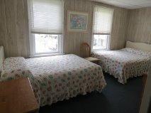 BEDROOM 309#3