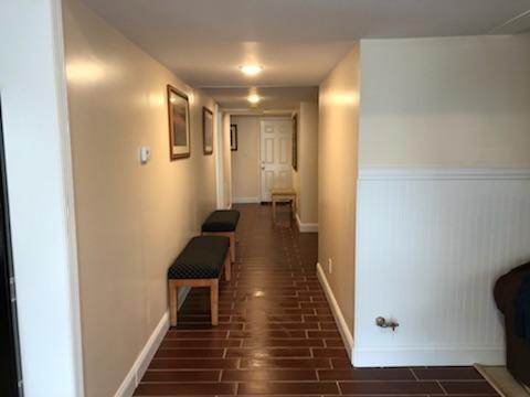GROUND FLOOR APT: Hallway