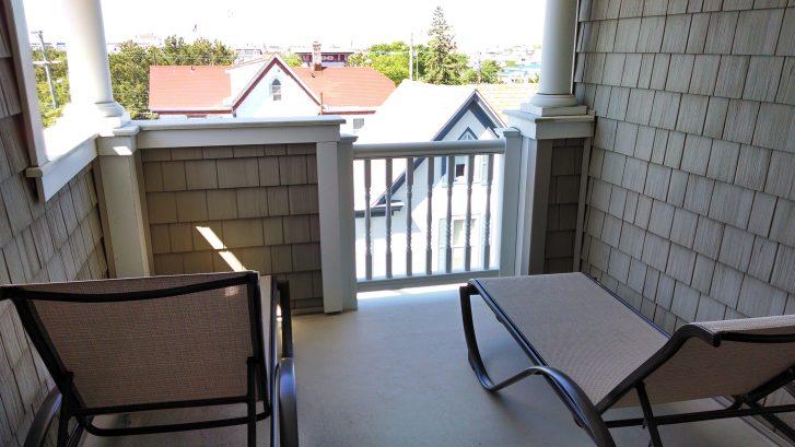 Third Floor Balcony/Deck