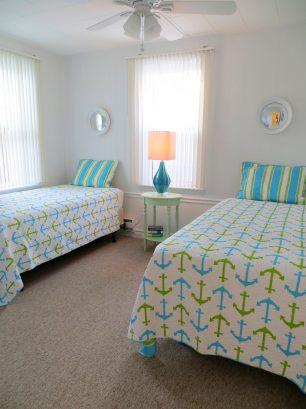 3 rd bedroom: 2 single beds