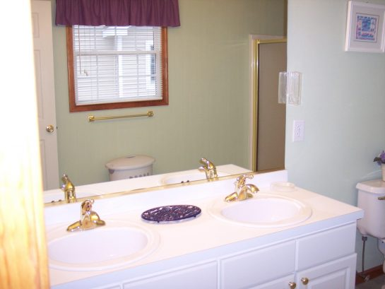 Master bathroom 2nd Floor