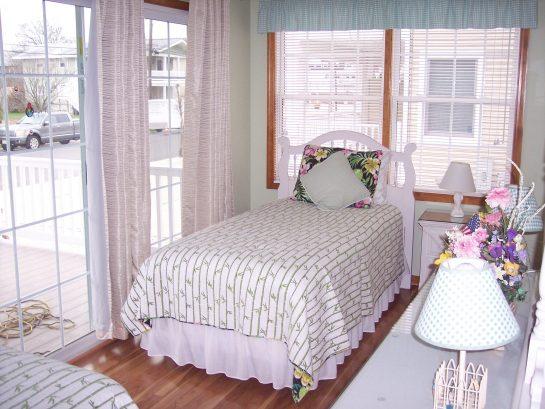 2 Twin beds-1st floor