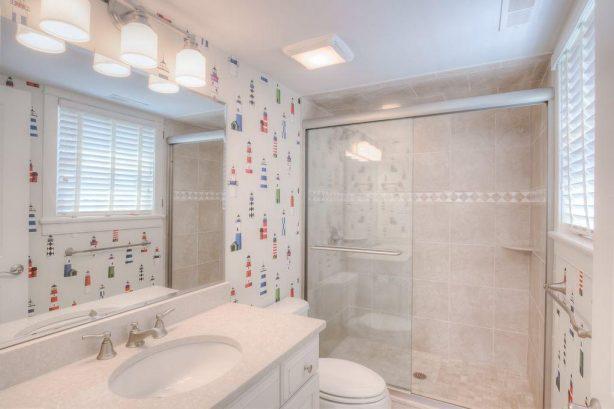 2nd Floor Bathroom Suite