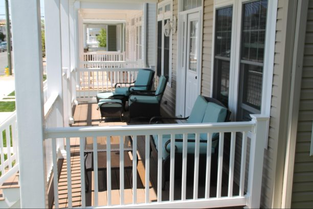 Front Porch w/plenty of seating