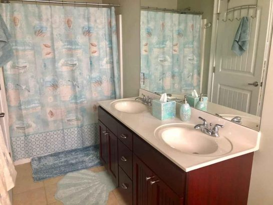 Master bathroom with his & hers sinks!