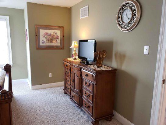 Master Bedroom his/her Dresser