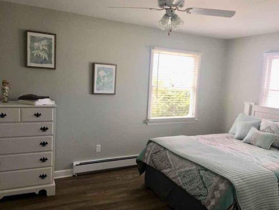 Unit 2 Bedroom #1 - Queen Bed