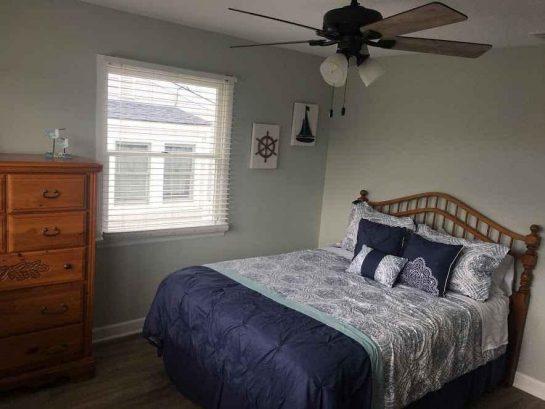 Unit 2 Bedroom #2 - Queen Bed