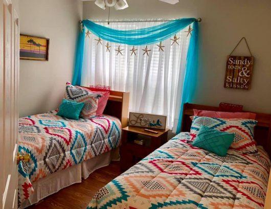 Adorable double twin bedroom