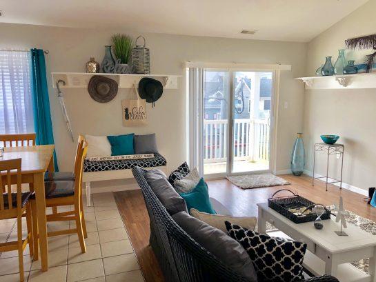 Lovely bright living room