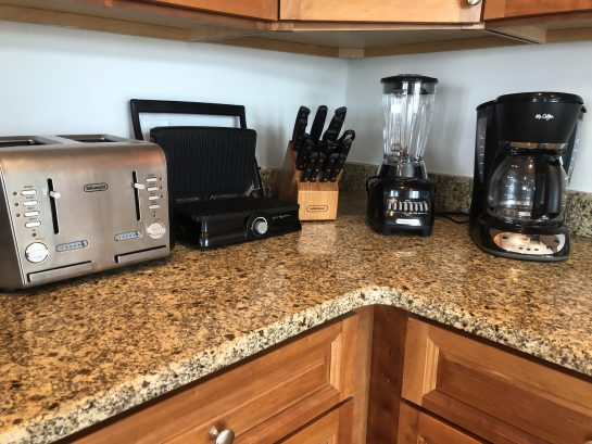 coffee-blender-toaster-knives-pannini