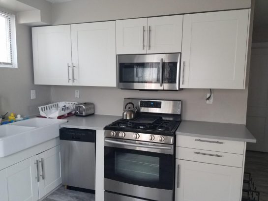 kitchen with gas stove & dishwasher