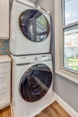 left unit laundry