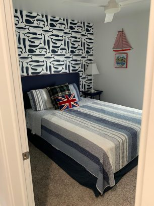 2nd Bedroom (Whale Room)